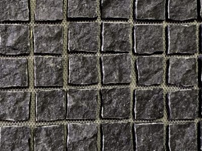 cobblestone-pavers-natural-split-midnight
