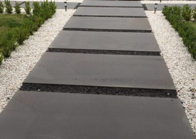 bluestone-stepping-stone-pavers