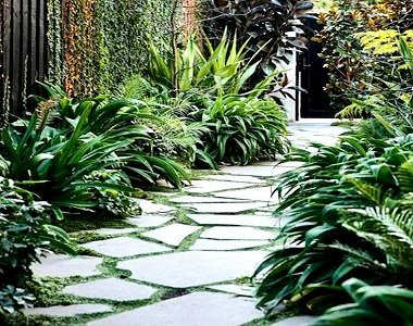 bluestone crazy paving stepping stones pathways and walkway tiles