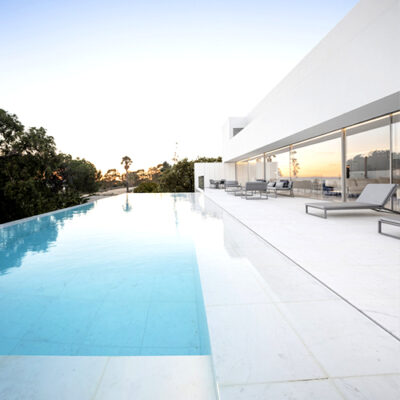 white pool pavers and pool coping tiles on sale in melbourne